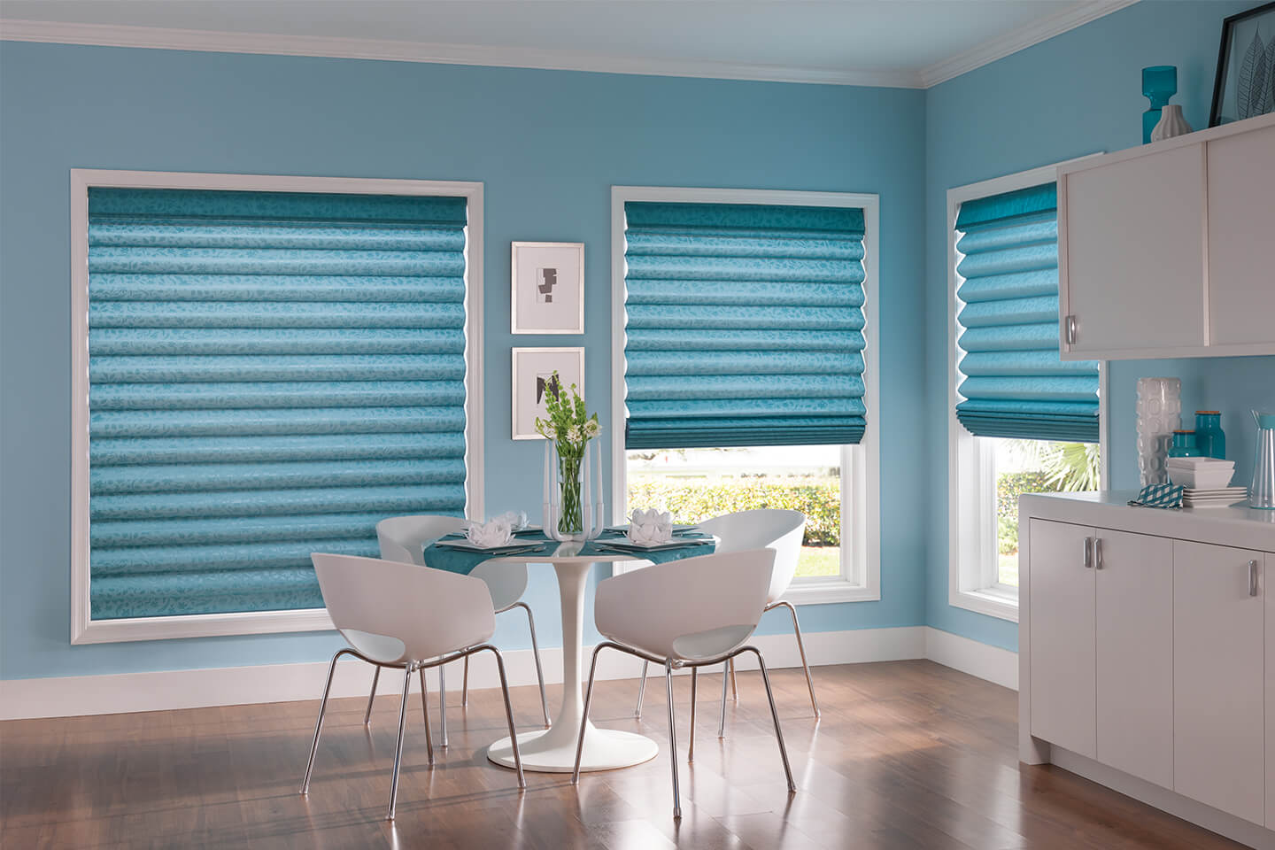Classic roman shades bali blinds and shades for Bali blinds